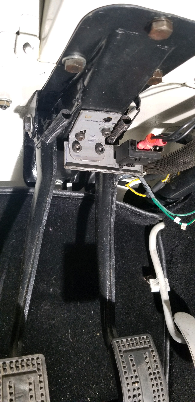 Brake light switch 3.jpg