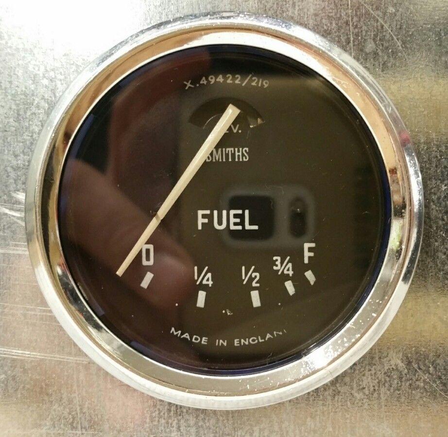 Gauge-Fuel_BN1_Smiths_X49422-219.jpg